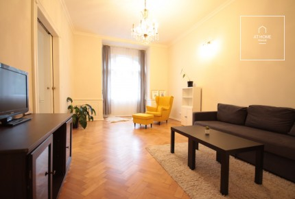 Beautiful 1-bedroom apartment with balcony in Vinohrady, Slezská Street